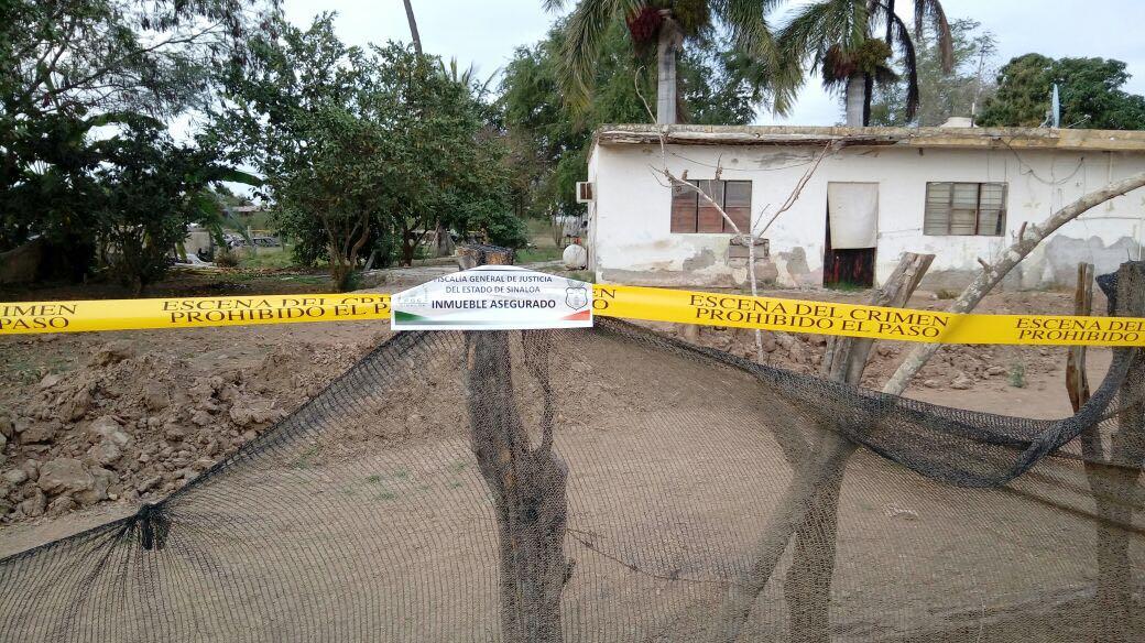 Sorprende Fiscalía de Sinaloa a civiles desarmando vehículos