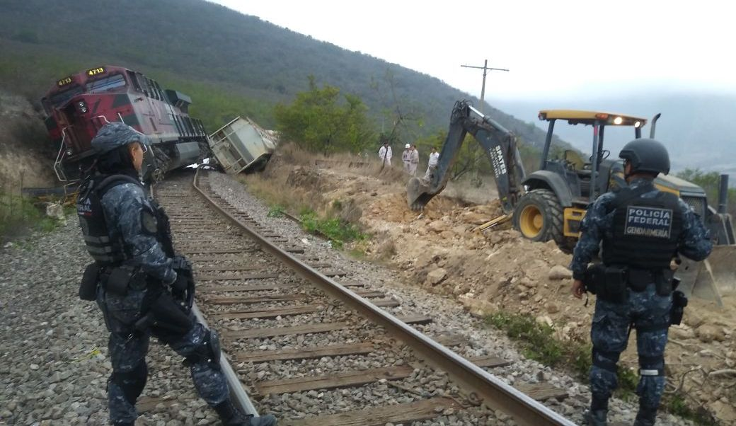 Descarrila tren tras intento de robo en Veracruz
