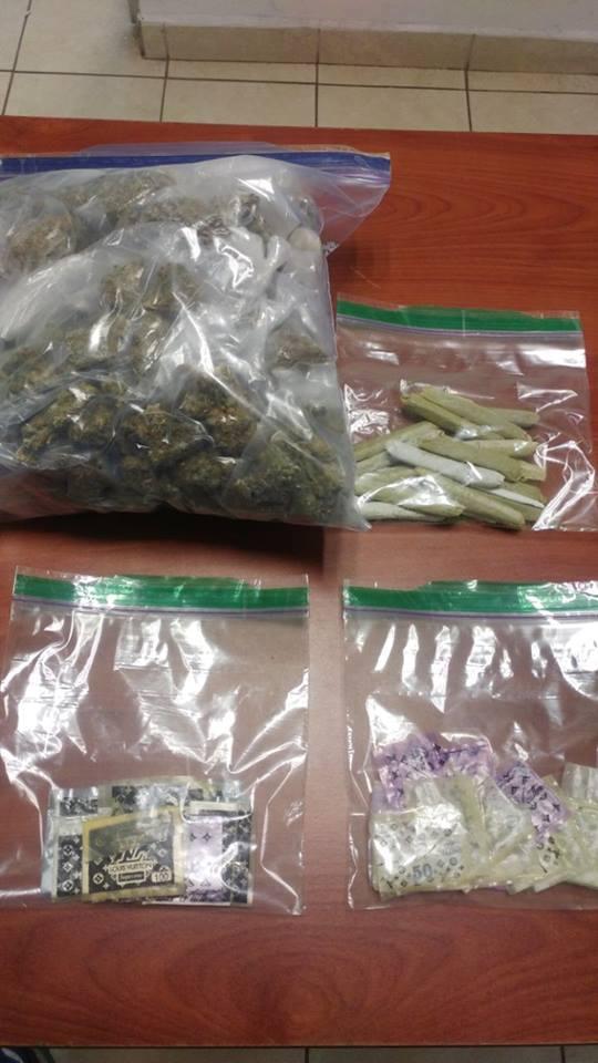 Diversas dosis de drogas son aseguradas por oficiales de la SSPyTM