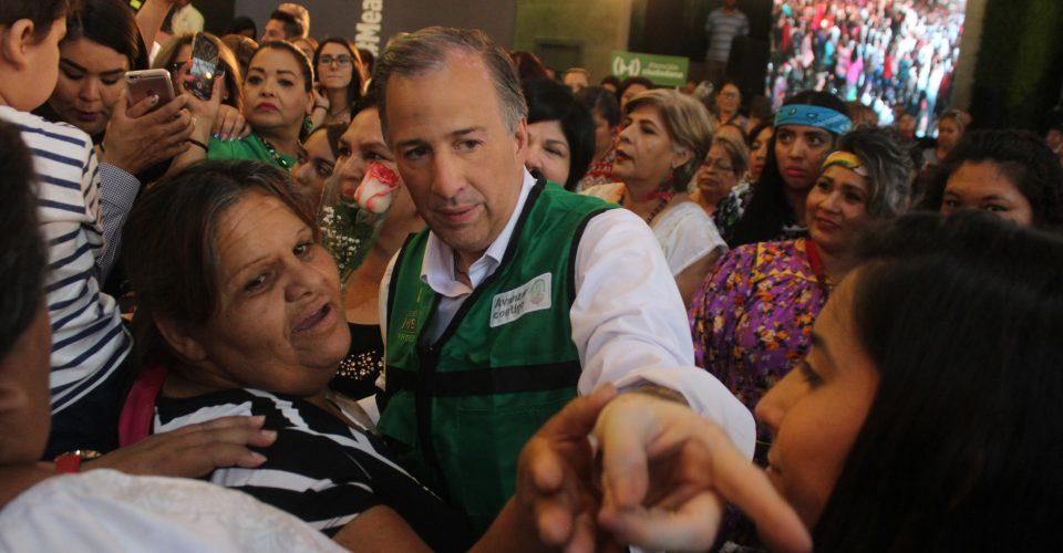 Ofrece Meade 1,200 pesos mensuales a jefas de familia para evitar que hogares caigan en la pobreza