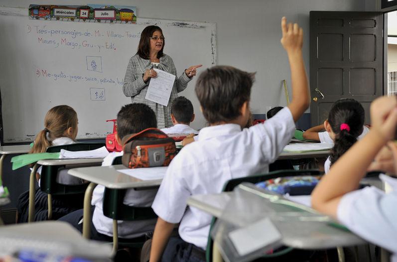 Pago en Becasin se solventará a más tardar en este mes, asegura subsecretario de educación