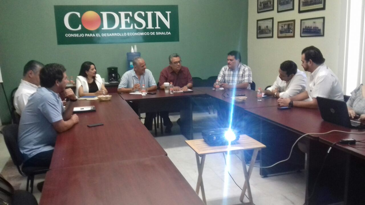 Se reúne titular del SESESP con la Intercamaral de Mazatlán