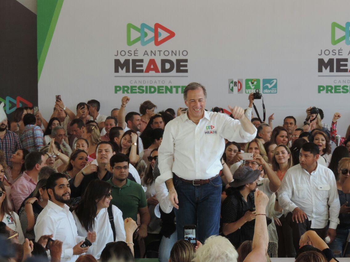 Visita Meade Culiacán; se reúne con jefas de familia