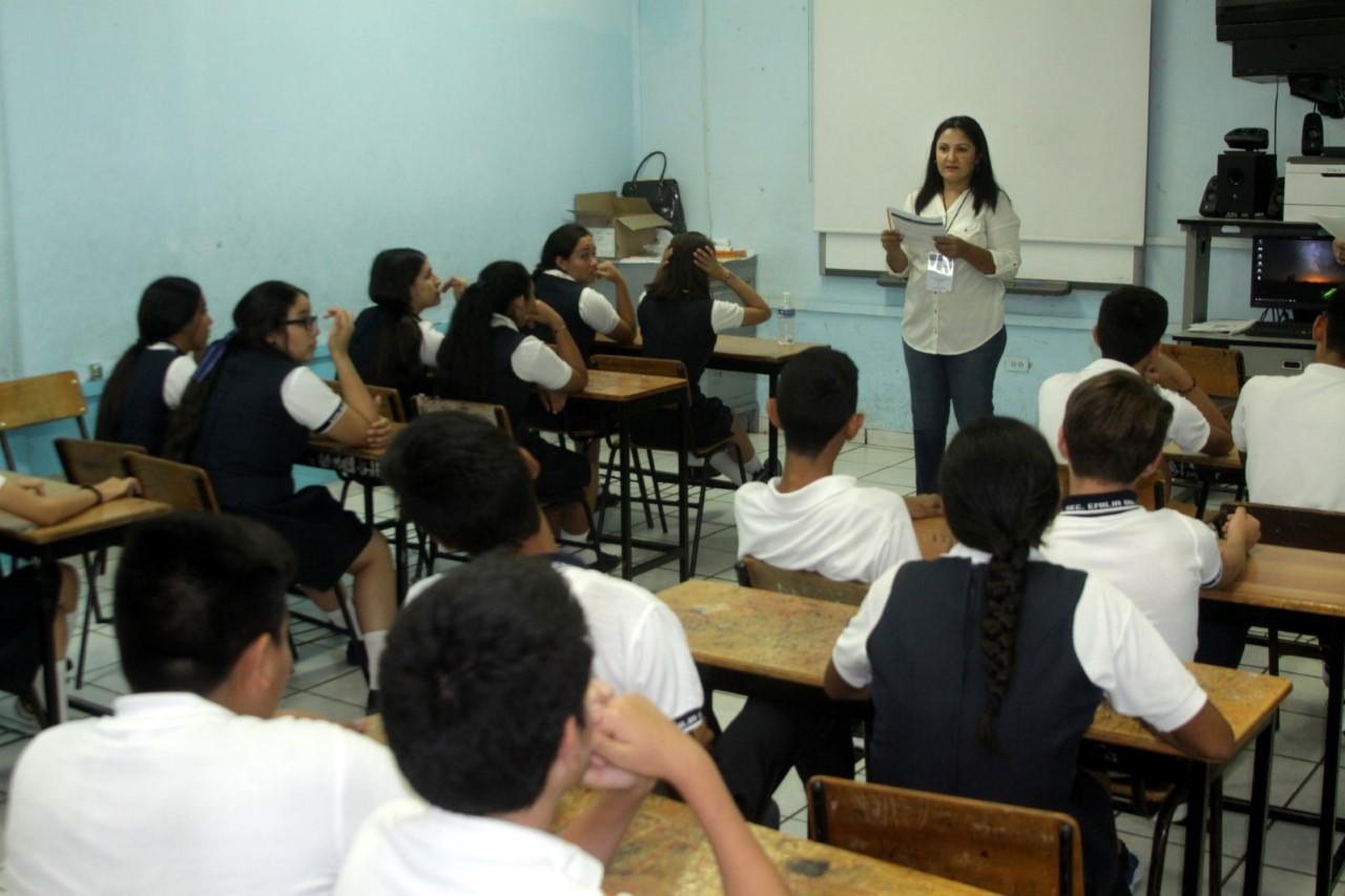 Anuncia SEPyC que no se suspenderán clases por el Día del Estudiante